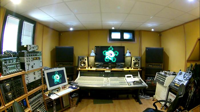 Control Room 10